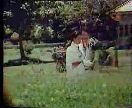 Sun Zara Shokh Haseena Lyrics - Asha Bhosle, Kishore Kumar