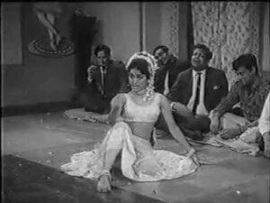 Tere Jhuthe Waade Ka Aitbaar Lyrics - Asha Bhosle