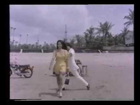 Tumko Kitna Pyaar Hai Lyrics - Kishore Kumar, Lata Mangeshkar