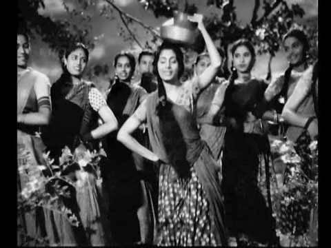 Umango Ko Sakhi Lyrics - Lata Mangeshkar