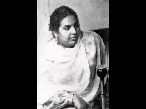 Unka Khayaal Chhod De Lyrics - Zeenat Begum