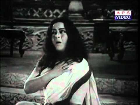 Wah Re Wah Bhagwan Lyrics - Krishna Kalle, Suman Kalyanpur