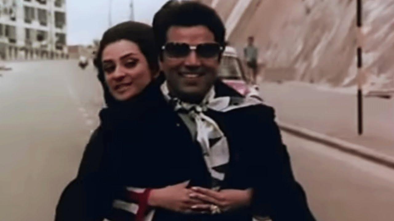 Woh Bade Khushnaseeb Hote Hai Lyrics - Mahendra Kapoor, Suman Kalyanpur