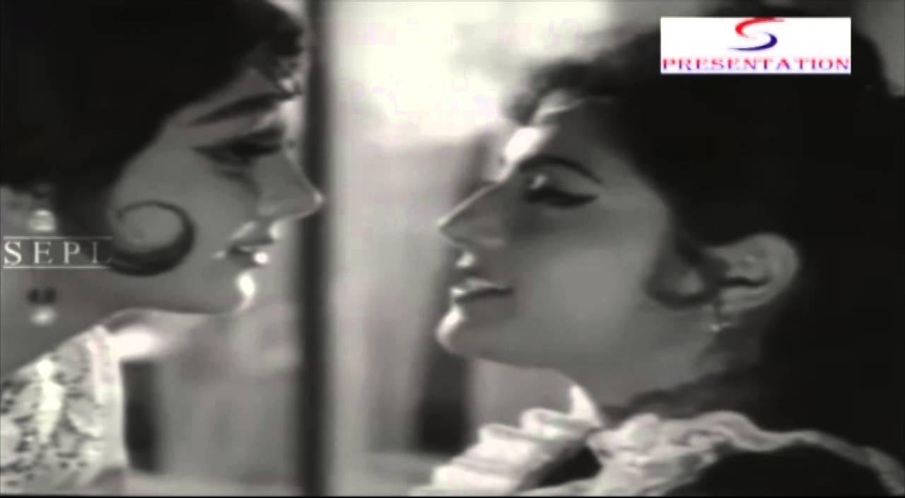 Aise Daaton Mein Ungli Lyrics - Asha Bhosle, Usha Mangeshkar