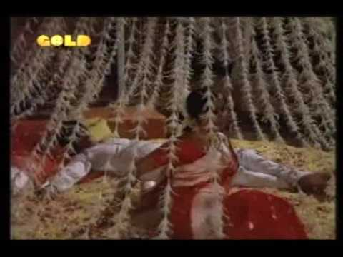 Baithe Baithe Aaj Aayi Lyrics - Lata Mangeshkar