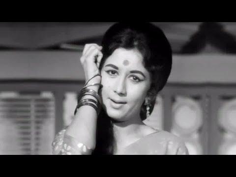 Kajre Badarwa Re Lyrics - Lata Mangeshkar