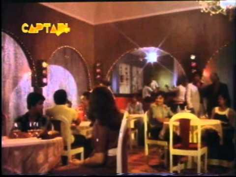 Kuch Ladke Kuch Ladkiyan Lyrics - Mahendra Kapoor, Manhar Udhas, Shailendra Singh