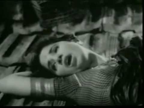 Kyon Mere Dil Me Lyrics - Rajkumari Dubey