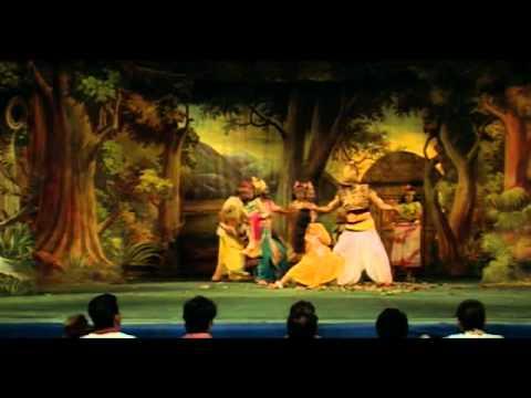 Lanka Chale Ramji Lyrics - Kishore Kumar, Sapan Chakraborty