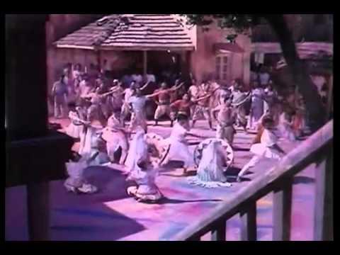 Layi Hai Hazaron Rang Lyrics - Asha Bhosle
