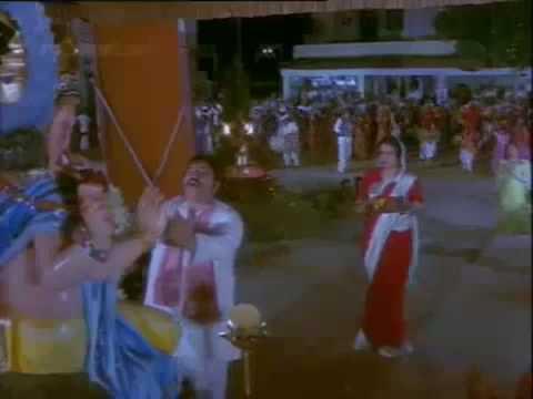 Tumase Badh Kar Kaun Lyrics - Asha Bhosle, Bhupinder Singh, Mohammed Rafi, Sapan Chakraborty, Shailendra Singh