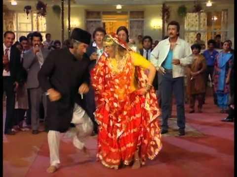 Wahan Tu Hai Yahan Main Hoon Lyrics - Amit Kumar, Hemlata (Lata Bhatt), Johny Whisky